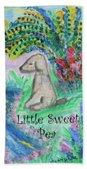 Hand Towel featuring the painting Little Sweet Pea With Title by Diane Pape