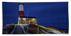 Bath Towel featuring the photograph Montauk Point Lighthouse by Susan Candelario