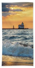 Bath Towel featuring the photograph Morning Dance On The Beach by Bill Pevlor