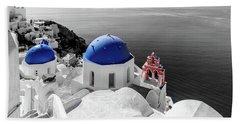 Oia, Santorini - Greece. Bath Towel
