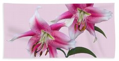 Pink And White Ot Lilies Bath Towel by Jane McIlroy