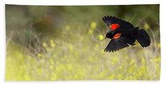 Red Winged Blackbird In Flight Bath Towel