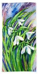Bath Towel featuring the painting Snowdrops In The Wind   by Trudi Doyle