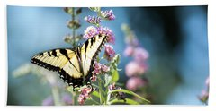 Hand Towel featuring the photograph Spread Your Wings by Judy Wolinsky