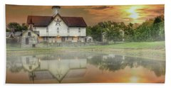 Star Barn Sunrise Bath Towel