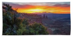 Bath Towel featuring the photograph Sunrise Over Canyonlands by Darren White