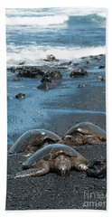 Turtles On Black Sand Beach Bath Towel