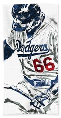 Bath Towel featuring the mixed media Yasiel Puig Los Angeles Dodgers Pixel Art by Joe Hamilton