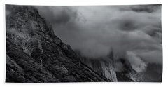 Yosemite Valley Panorama In Black And White Bath Towel