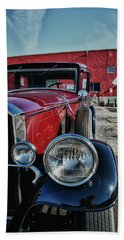 Hand Towel featuring the photograph 1931 Pierce Arow 3473 by Guy Whiteley