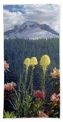 1m5101 Flowers And Mt. Hood Hand Towel