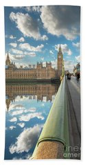 Bath Towel featuring the photograph Big Ben London by Adrian Evans