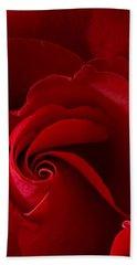 Red Rose Iv Bath Towel
