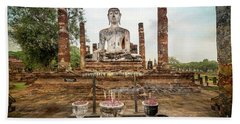 Hand Towel featuring the photograph Sukhothai Buddha by Adrian Evans