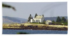 2015 Winter Harbor Light Bath Towel