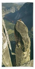 306540 Climbers On Lost Arrow 1967 Hand Towel