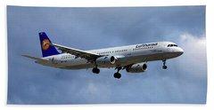 Lufthansa Airbus A321-131 Hand Towel