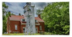 Hand Towel featuring the photograph 40 Mile Point Lighthouse by Bill Gallagher