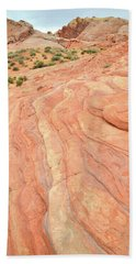 Hand Towel featuring the photograph Wave Of Color In Valley Of Fire by Ray Mathis