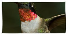 Bath Towel featuring the photograph Ruby-throated Hummingbird by Robert L Jackson