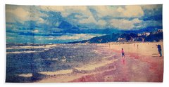 Hand Towel featuring the photograph A Day At The Beach by Phil Perkins