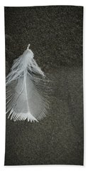 A Feather At The Edge Of The Water Bath Towel