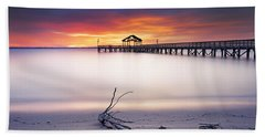 Hand Towel featuring the photograph A Good Morning by Edward Kreis