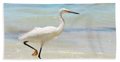 A Snowy Egret (egretta Thula) At Mahoe Bath Sheet by John Edwards