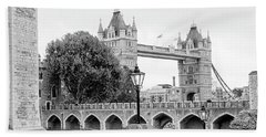A View Of Tower Bridge Bath Towel