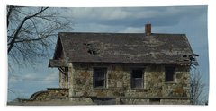 Hand Towel featuring the photograph Abandoned Kansas Stone House by Mark McReynolds