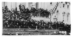 Abraham Lincoln Gives His Second Inaugural Address - March 4 1865 Bath Towel