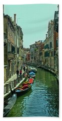 Hand Towel featuring the photograph Afternoon In Venice by Anne Kotan