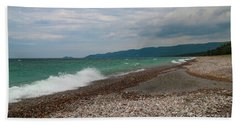 Hand Towel featuring the photograph Agawa Bay by Rachel Cohen