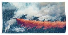 Air Tanker On Crow Peak Fire Bath Towel