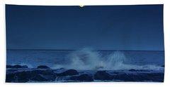 Hand Towel featuring the photograph Allenhurt Beach by Raymond Salani III