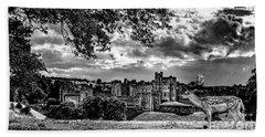 Alnwick Castle And Fallow Deer Bath Towel