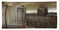 Alone On The Plains Bath Towel by Jeff Burgess
