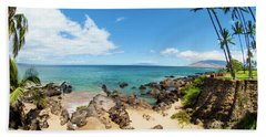 Bath Towel featuring the photograph Amzing Beach In Hawaii Islands by Micah May