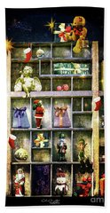 Hand Towel featuring the photograph An Old Fashioned Christmas Wish by Chris Armytage