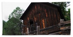 Bath Towel featuring the photograph An Old Rustic Barn by Natalie Ortiz