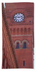 Angled View Of Clocktower At Dearborn Station Chicago Bath Towel