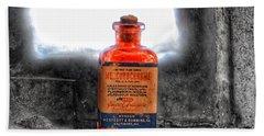Antique Mercurochrome Hynson Westcott And Dunning Inc. Medicine Bottle - Maryland Glass Corporation Hand Towel