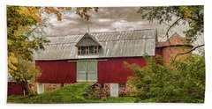 Bath Towel featuring the photograph A.r. Potts Barn by Trey Foerster
