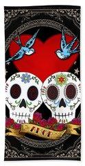 Love Skulls II Bath Towel