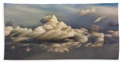 Hand Towel featuring the photograph Cupcake In The Cloud by Bill Kesler