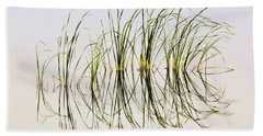 Hand Towel featuring the photograph Graceful Grass by Bill Kesler