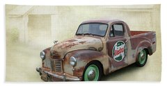 Hand Towel featuring the photograph Austin Ute by Keith Hawley