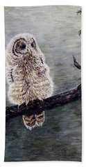 Hand Towel featuring the painting Baby Owl by Judy Kirouac