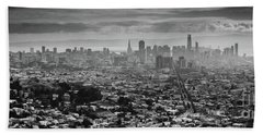 Back And White View Of Downtown San Francisco In A Foggy Day Hand Towel