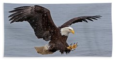 Bald Eagle Diving For Fish In Falling Snow Bath Towel